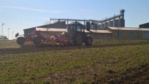 Pfluglose Bodenbearbeitung mit dem Schwergrubber